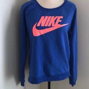 Nike crewneck sweatshirt size medium